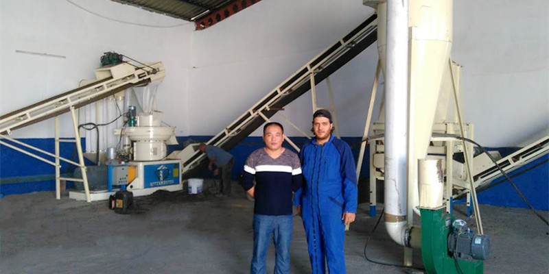 1-1.5 T/H wood pellet production line in Tunisia (图3)